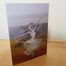 Spinning in the Splendour of the King (Single Greeting Card)